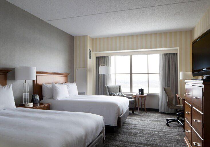 bdldt-guestroom-0050-hor-clsc